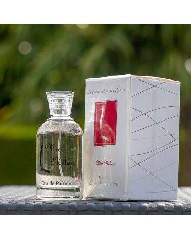"Parfum femme ""Miss Meline"""